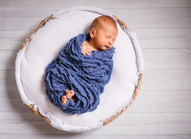 خواب نوزاد دو ماهه