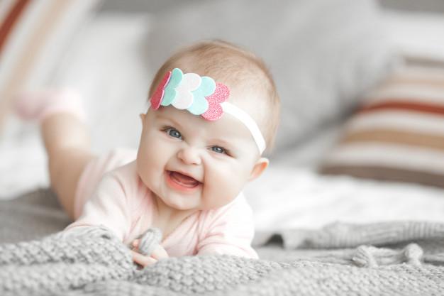 عکس نوزاد سه ماهه